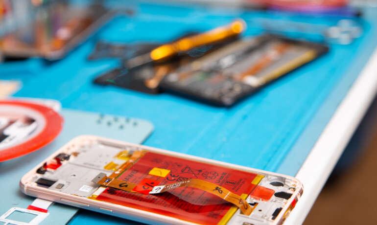 HUAWEI Skärmbyte & batteribyte & reparation